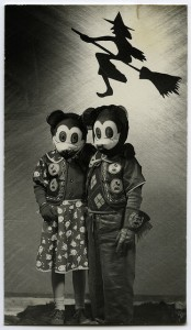 creepy_old_halloween_photos51